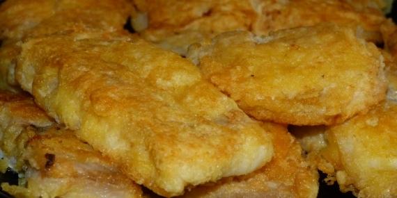 Жареная рыба в сырной панировке